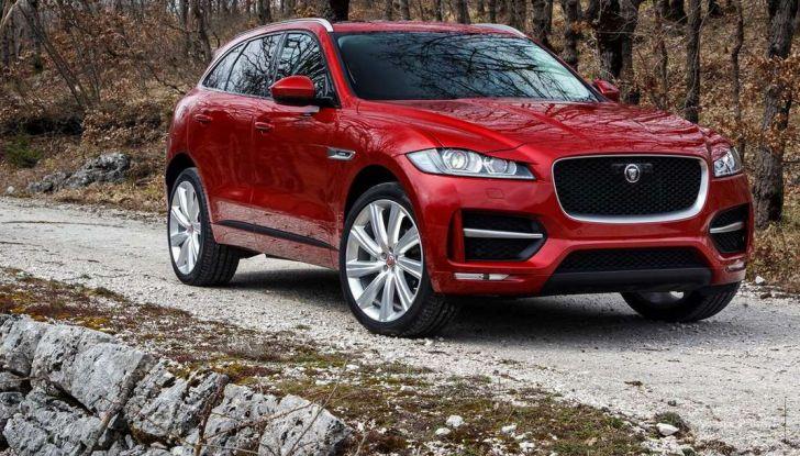 Jaguar F-Pace: gamma motori, allestimenti e prezzi - Foto 17 di 18