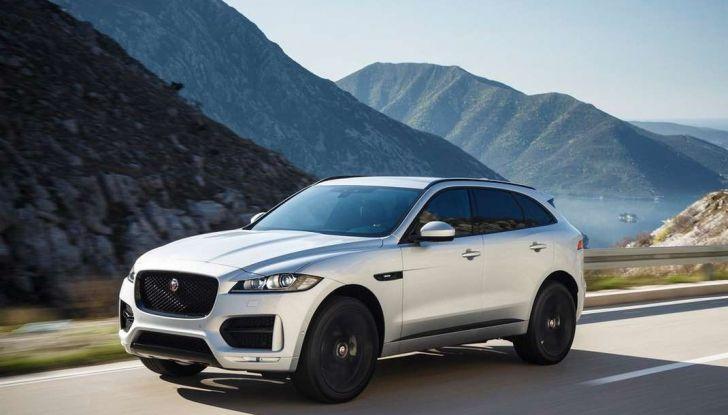 Jaguar F-Pace: gamma motori, allestimenti e prezzi - Foto 1 di 18
