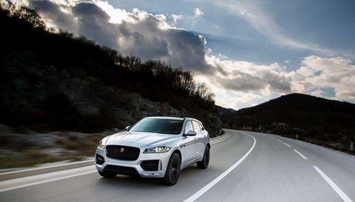 Jaguar F-Pace: gamma motori, allestimenti e prezzi - Foto 2 di 18