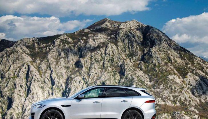 Jaguar F-Pace: gamma motori, allestimenti e prezzi - Foto 3 di 18