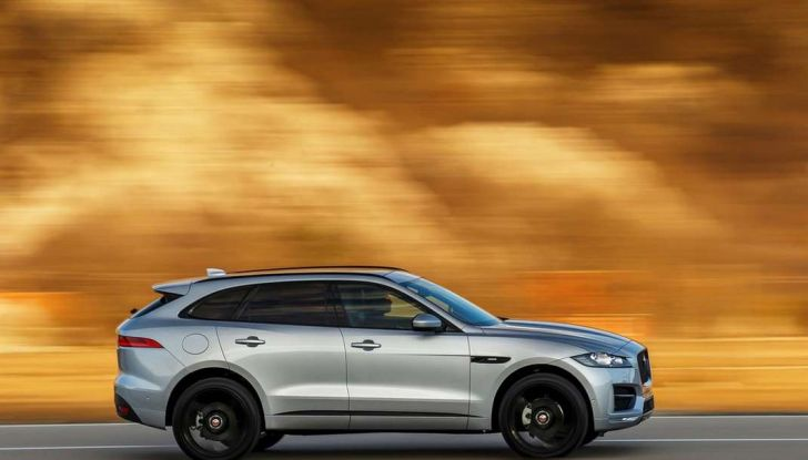 Jaguar F-Pace: gamma motori, allestimenti e prezzi - Foto 7 di 18