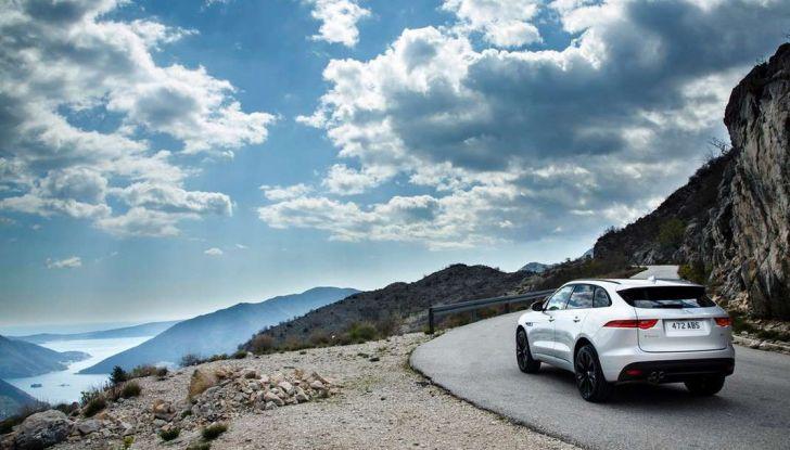 Jaguar F-Pace: gamma motori, allestimenti e prezzi - Foto 10 di 18