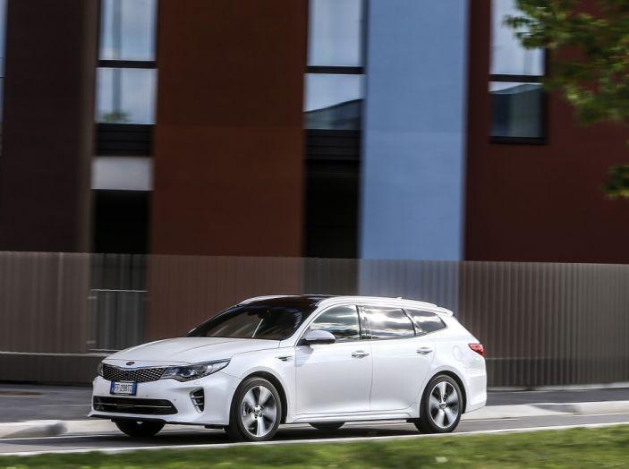 Kia Optima Sportswagon Plug-In Hybrid, evoluzione silenziosa - Foto 9 di 16