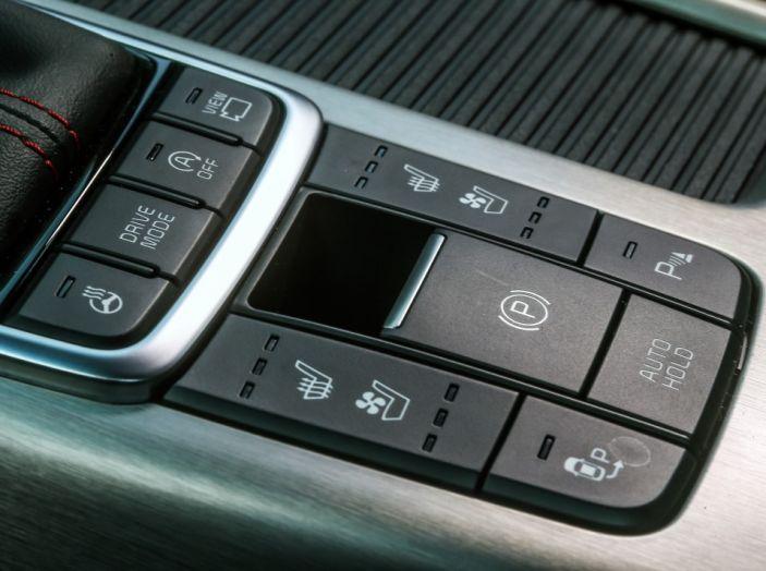 Kia Optima Sportswagon Plug-In Hybrid, evoluzione silenziosa - Foto 10 di 16