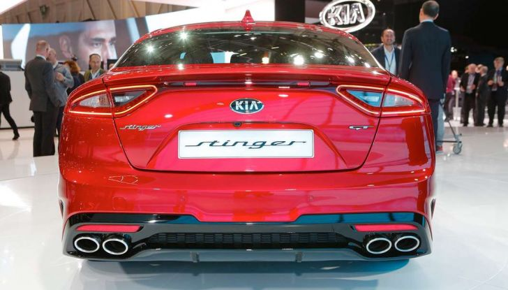 Kia Stinger, la berlina sportiva a trazione posteriore - Foto 7 di 17