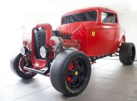 L'hot rod Ferrari è in realtà una Ford del 1932