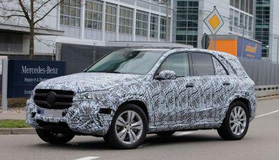 Mercedes GLE, nuove immagini spia dei test su strada