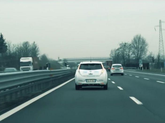 Nuova Nissan LEAF con e-Pedal, inedita tecnologia di guida assistita - Foto 1 di 16