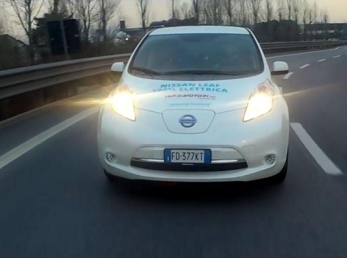 Nuova Nissan LEAF con e-Pedal, inedita tecnologia di guida assistita - Foto 4 di 16