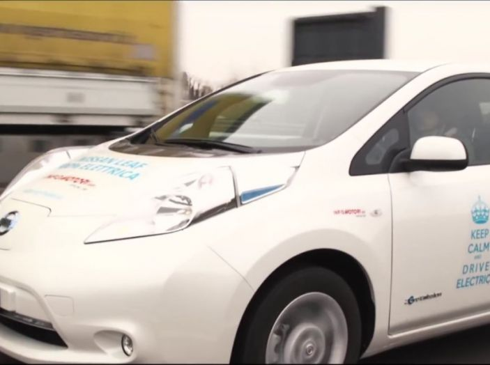 Nuova Nissan LEAF con e-Pedal, inedita tecnologia di guida assistita - Foto 3 di 16