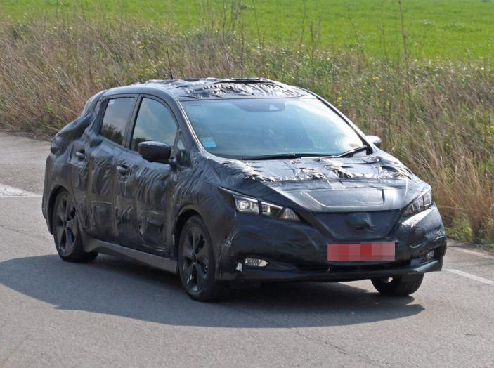 Nuova Nissan Leaf MY2018, la seconda generazione debutta entro fine anno - Foto 8 di 12