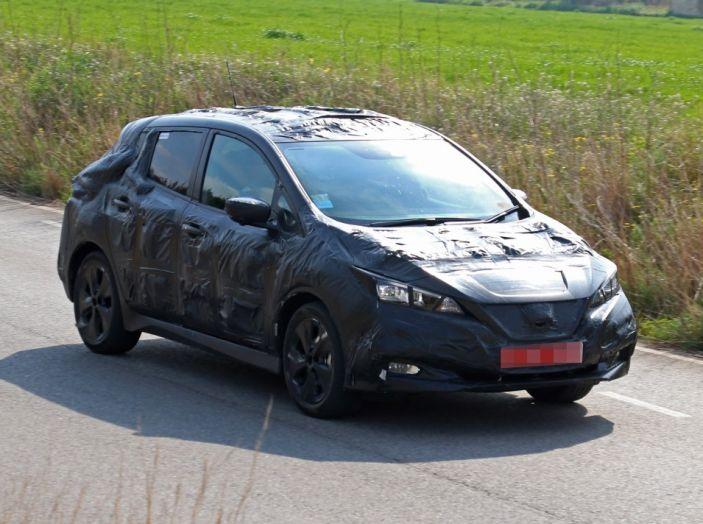 Nuova Nissan Leaf MY2018, la seconda generazione debutta entro fine anno - Foto 10 di 12