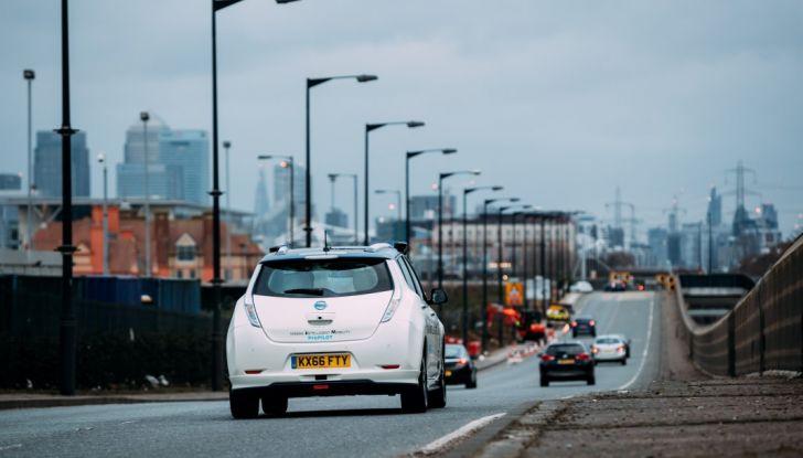 Il limite di velocità a Londra scende a 30 km/h - Foto 10 di 23