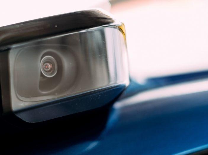 Nissan Leaf, la guida autonoma avanza nel traffico di Londra - Foto 12 di 23
