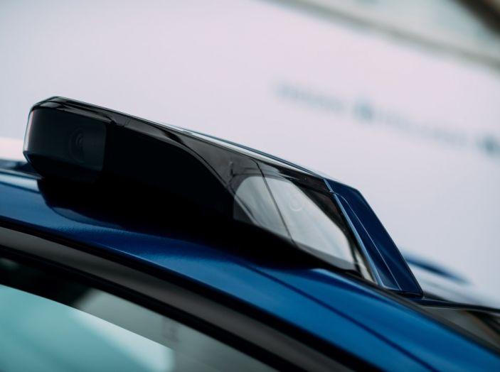 Nissan Leaf, la guida autonoma avanza nel traffico di Londra - Foto 17 di 23