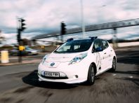 Nissan Leaf, la guida autonoma avanza nel traffico di Londra