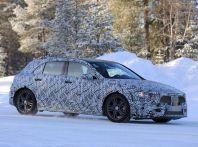 Nuova Mercedes Classe A, immagini spia dei test dinamici