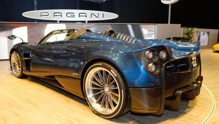 Pagani Huayra Roadster: torna il 6,0 litri V12 di derivazione AMG - Foto 14 di 22