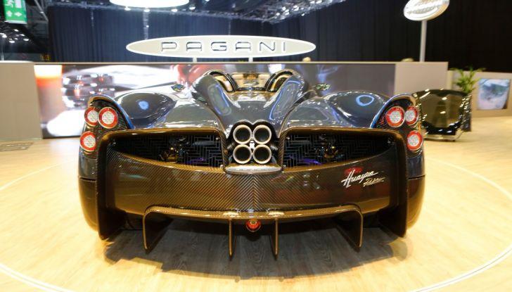 Pagani Huayra Roadster: torna il 6,0 litri V12 di derivazione AMG - Foto 15 di 22
