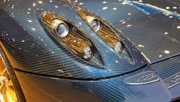 Pagani Huayra Roadster: torna il 6,0 litri V12 di derivazione AMG - Foto 16 di 22