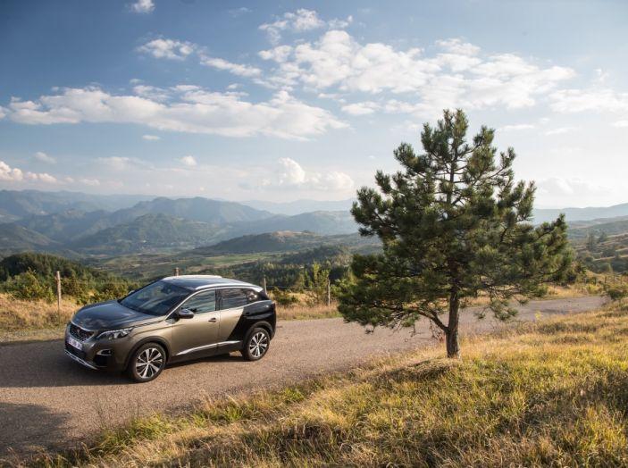 Peugeot 3008: tutti gli allestimenti, i motori ed i prezzi - Foto 13 di 29