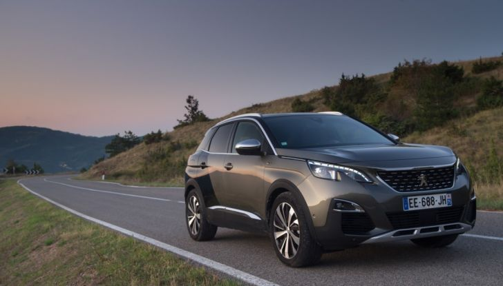 "Peugeot 3008 vince il premio ""Car of the Year 2017"" - Foto 24 di 29"