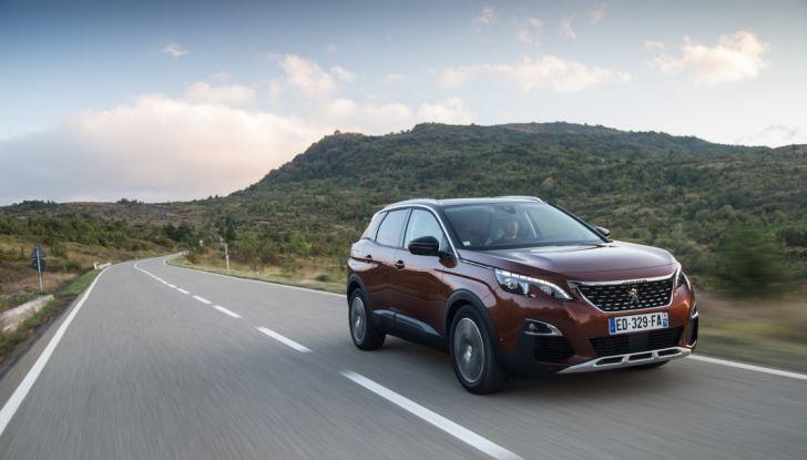 """Peugeot 3008 vince il premio """"Car of the Year 2017"""" - Foto 1 di 29"""