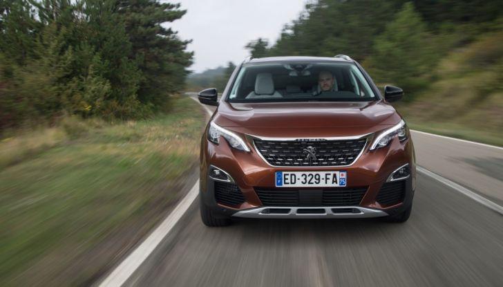 """Peugeot 3008 vince il premio """"Car of the Year 2017"""" - Foto 8 di 29"""