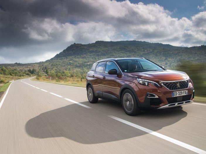 Peugeot 3008: tutti gli allestimenti, i motori ed i prezzi - Foto 9 di 29