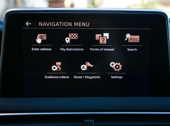 Peugeot 3008: tutti gli allestimenti, i motori ed i prezzi - Foto 12 di 29