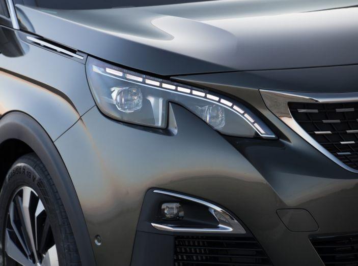 Peugeot 3008: tutti gli allestimenti, i motori ed i prezzi - Foto 15 di 29