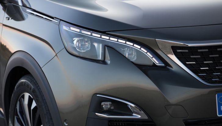 """Peugeot 3008 vince il premio """"Car of the Year 2017"""" - Foto 15 di 29"""