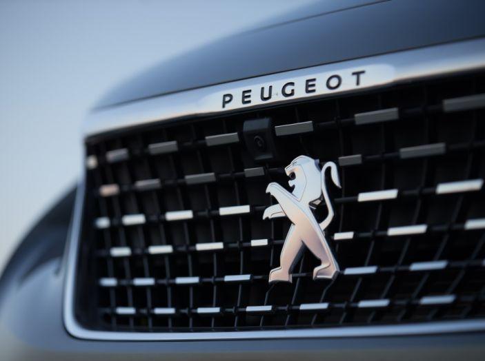 Peugeot 3008: tutti gli allestimenti, i motori ed i prezzi - Foto 16 di 29