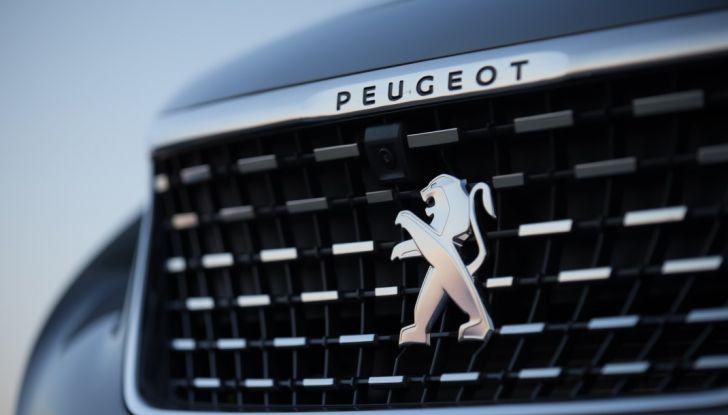 """Peugeot 3008 vince il premio """"Car of the Year 2017"""" - Foto 16 di 29"""