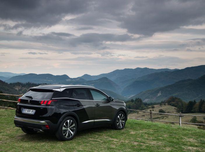 Peugeot 3008: tutti gli allestimenti, i motori ed i prezzi - Foto 20 di 29