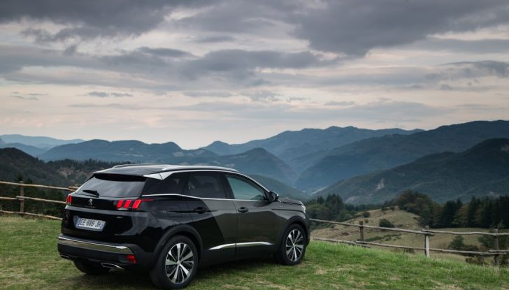 "Peugeot 3008 vince il premio ""Car of the Year 2017"" - Foto 20 di 29"