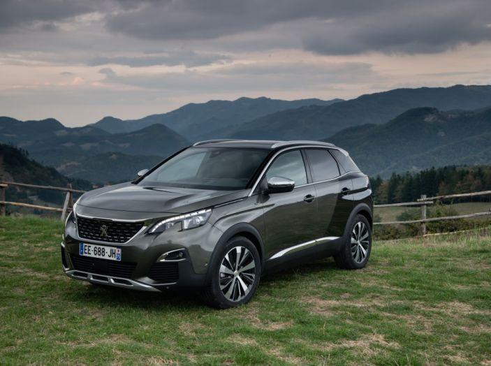 Peugeot 3008: tutti gli allestimenti, i motori ed i prezzi - Foto 21 di 29