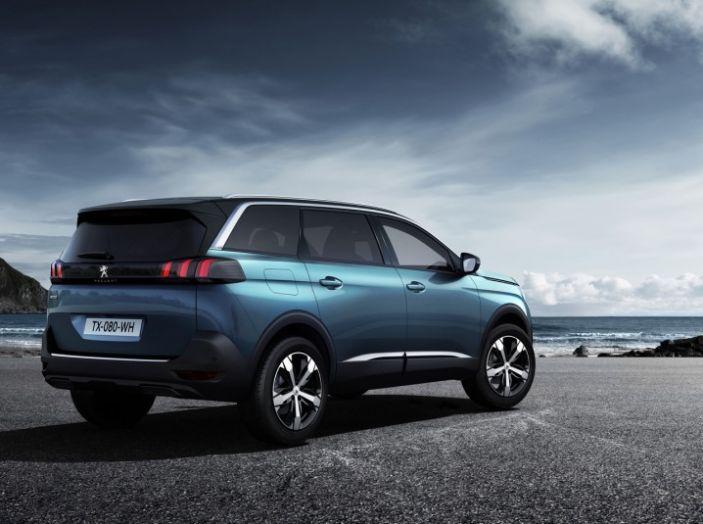 Peugeot 5008, la nostra prova: Il SUV per la famiglia - Foto 9 di 15