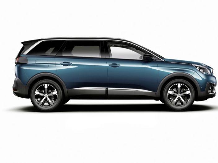 Peugeot 5008, la nostra prova: Il SUV per la famiglia - Foto 14 di 15