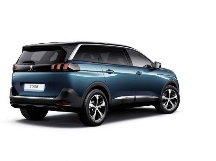 Peugeot 5008, la nostra prova: Il SUV per la famiglia - Foto 15 di 15