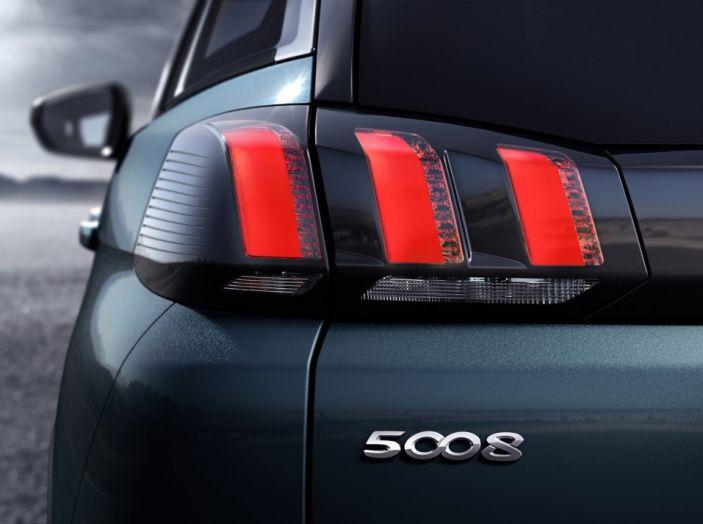 Peugeot 5008, la nostra prova: Il SUV per la famiglia - Foto 11 di 15