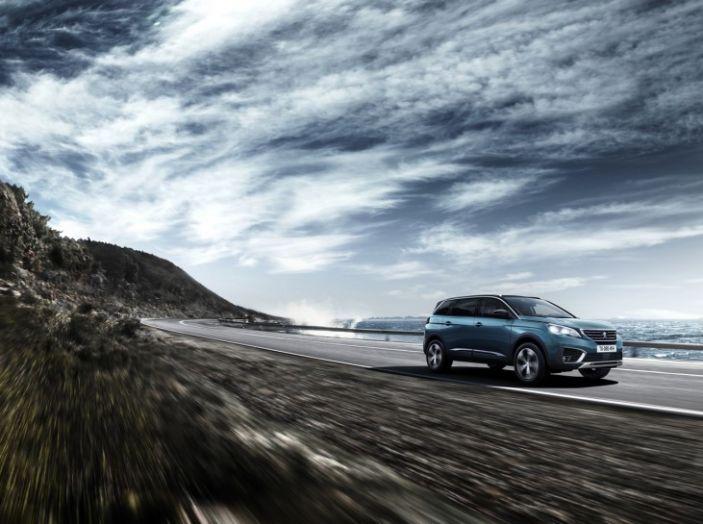 Peugeot 5008, la nostra prova: Il SUV per la famiglia - Foto 5 di 15