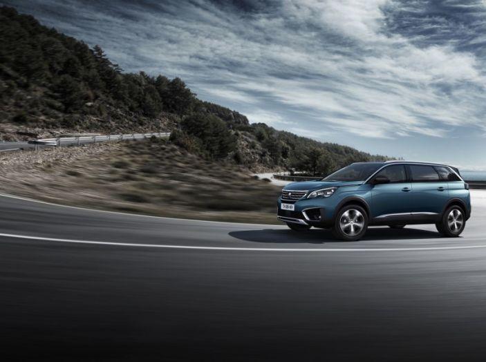Peugeot 5008, la nostra prova: Il SUV per la famiglia - Foto 7 di 15