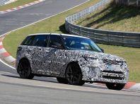Range Rover Sport SVR prime foto spia dei test al Nurburgring