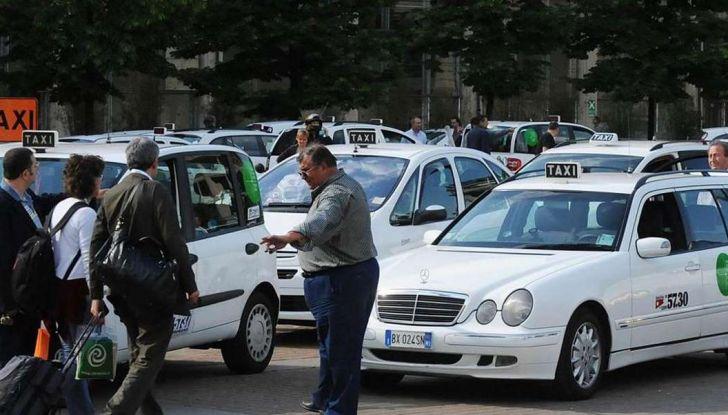 Taxi condiviso, a Milano e Roma si può grazie a un'app - Foto 1 di 8