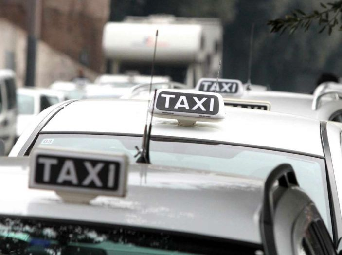 Sciopero nazionale taxi 23 marzo: informazioni utili, orari e servizi garantiti - Foto 2 di 8