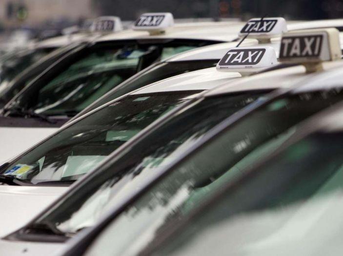 Sciopero nazionale taxi 23 marzo: informazioni utili, orari e servizi garantiti - Foto 6 di 8