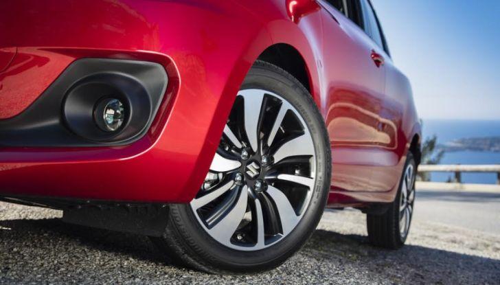 Nuova Suzuki Swift 2017, arriva l'ibrido: la nostra prova su strada - Foto 2 di 22
