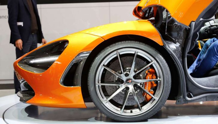McLaren 720S - Foto 5 di 16