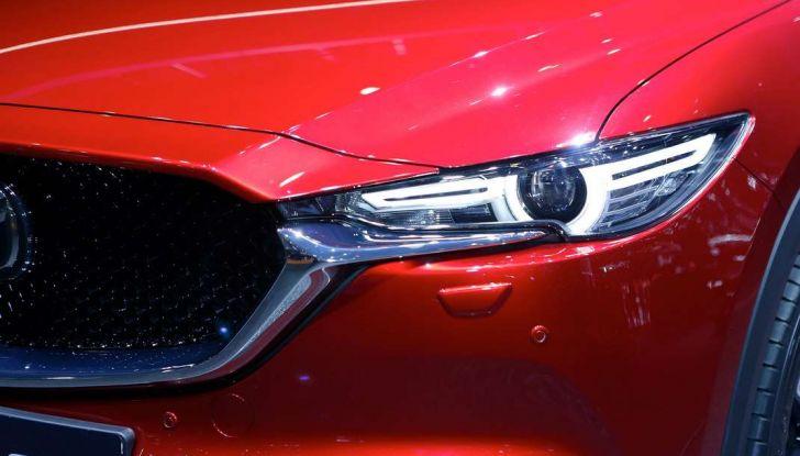 Mazda CX-5 2017: il nuovo SUV coupé in stile Kodo - Foto 10 di 19